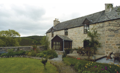 book a Scottish holiday cottage